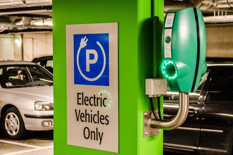 1000 extra laadpalen met duurzame energie in Groningen en Drenthe dankzij Allego en Clean Energy