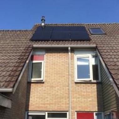 Energiewacht Groep plaatst zonnepanelen voor Lyaemer Wonen