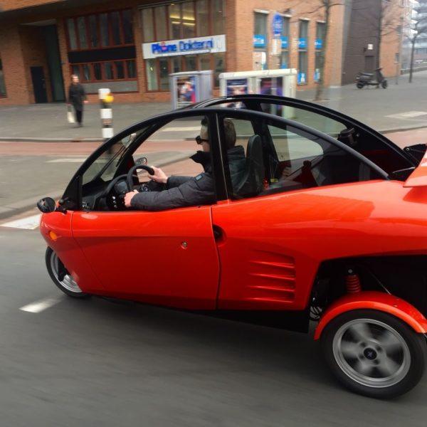 Freon Carver levert eerste elektrische voertuigen aan klanten
