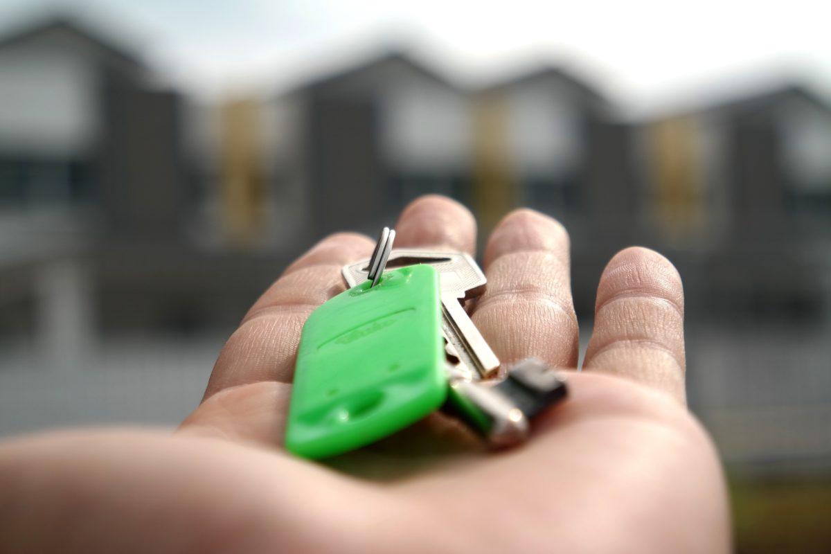 WoonFriesland steekt fiks bedrag in duurzame woningen Heerenveen