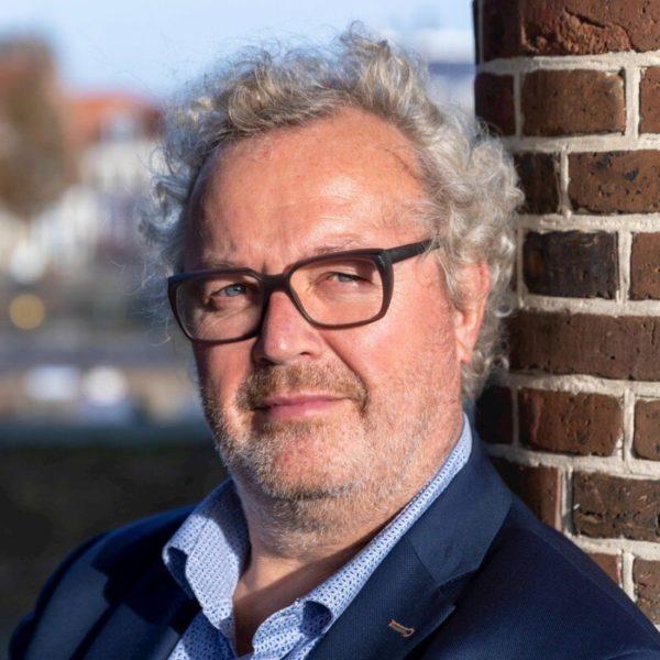 Freon Vereniging Ondernemend Sneek vindt nieuwe voorzitter in Harry de Wit