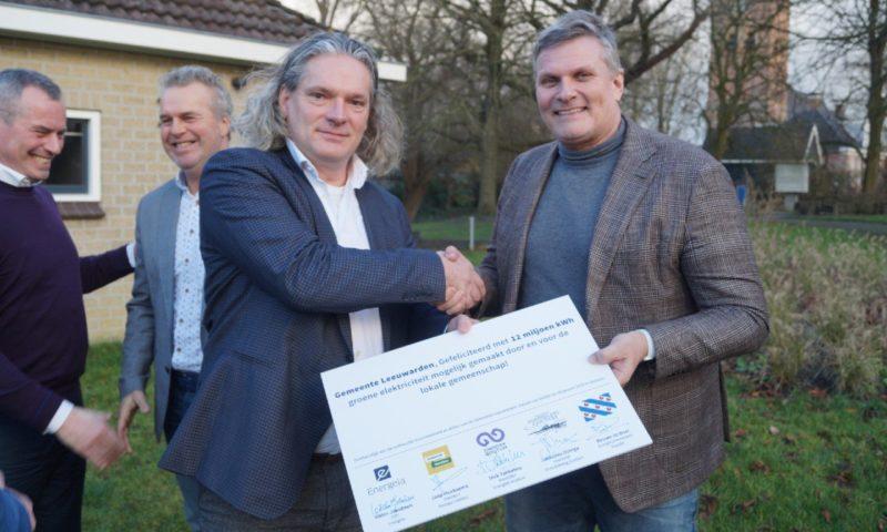 Nieuw zonnepark Leeuwarden levert groene stroom aan 3500 huishoudens