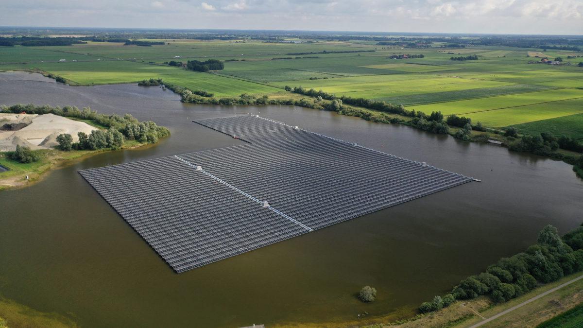 GroenLeven rondt realisatie drijvend zonnepark Nij Beets af