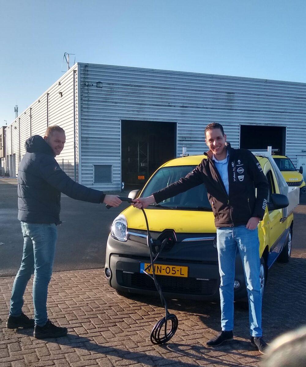 ABD Renault levert elektrische auto aan Freonen-gemeente Leeuwarden