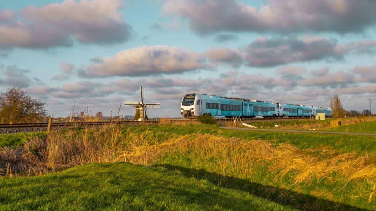 Nieuwe duurzame WINK-treinen Arriva in gebruik