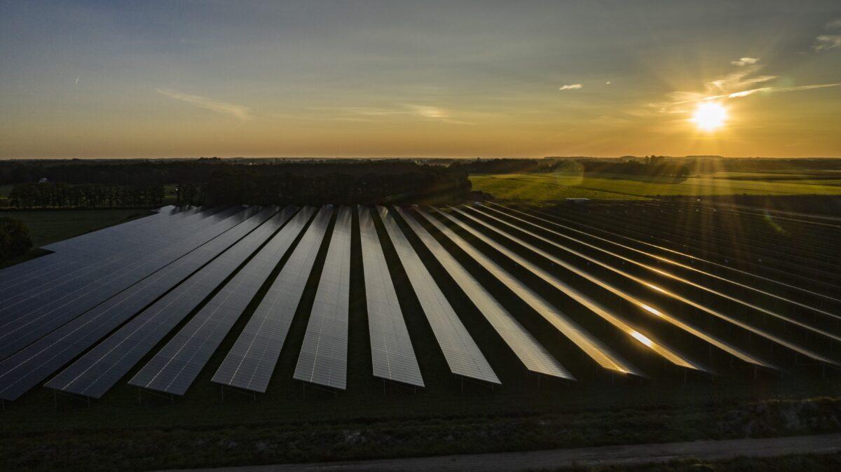 Project Sinnewetterstof krijgt vorm: overeenkomst met afnemer waterstof getekend en voorbereidingen voor bouw gestart
