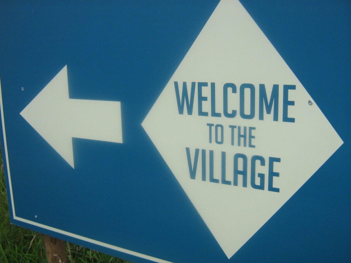 Duurzaamheidsproject DORP van Freonen-festival Welcome to the Village zoekt bio-based bouwmaterialen