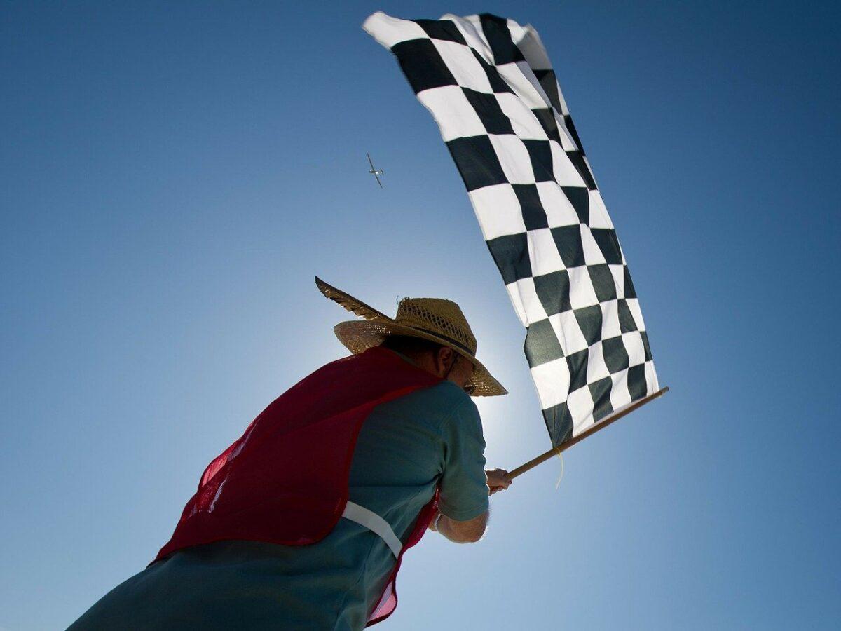 Friese coureur Nyck de Vries wereldkampioen Formule E