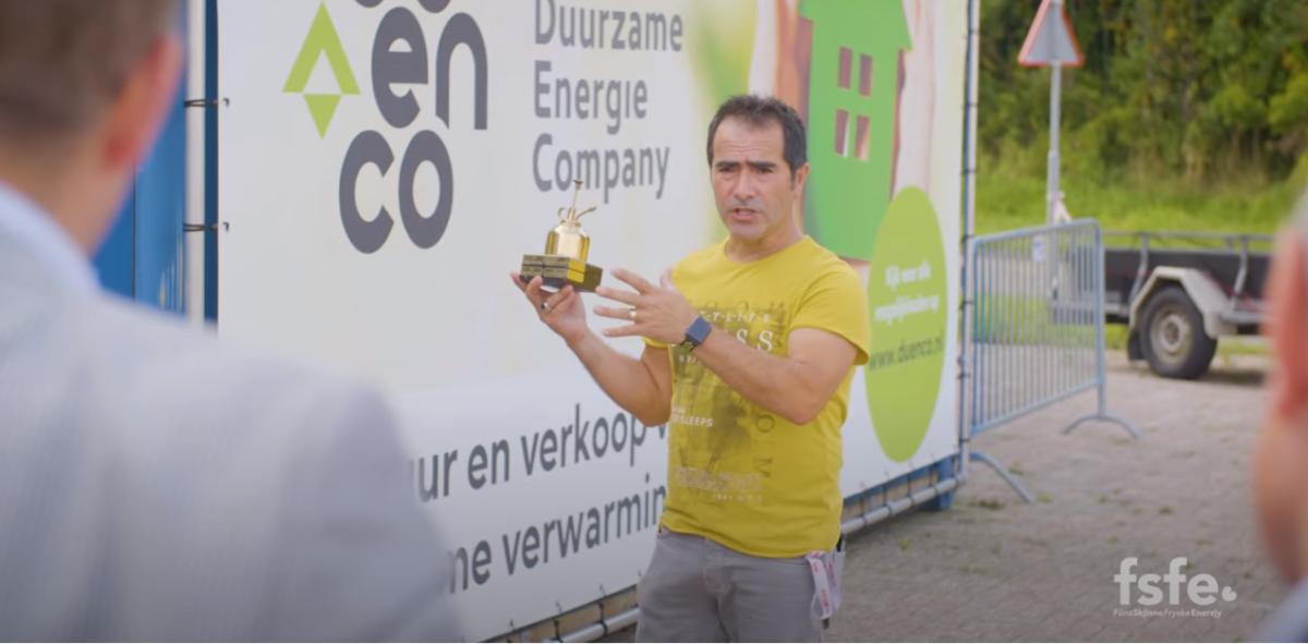 Koperen Oliekan van Freon FSFE voor Fotopersbureau Heerenveen